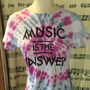 Music is the answer tee